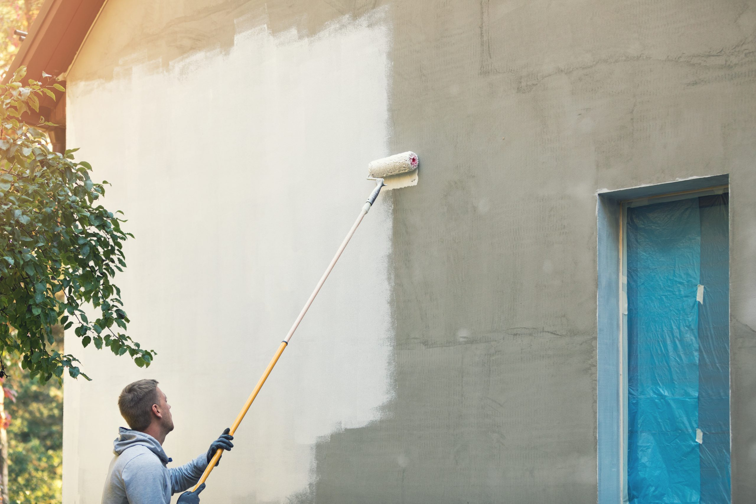 Why Your Warehouse Need Professional Painting Services